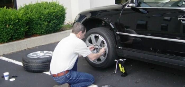 замена запасного колеса