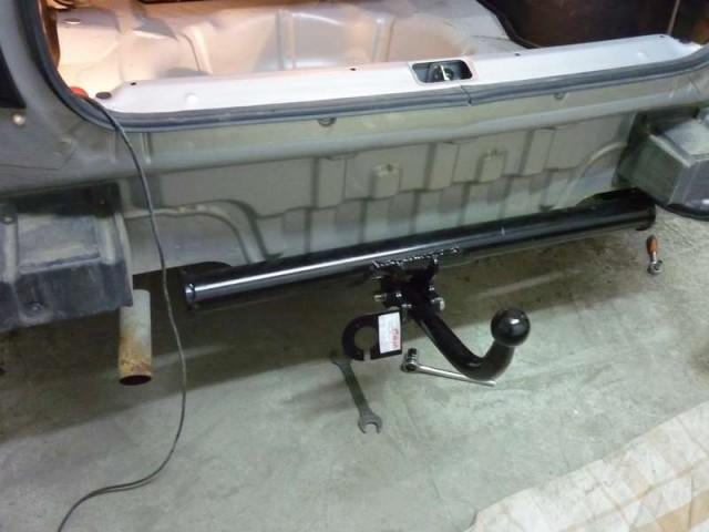 установка фаркопа
